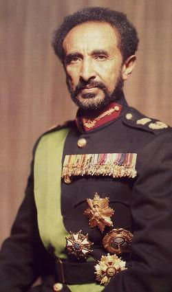 Déposition de l'empereur éthiopien Haïlé Sélassié ...